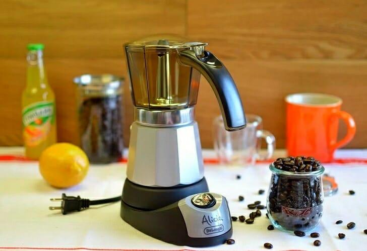 Электрический гейзерный кофейник