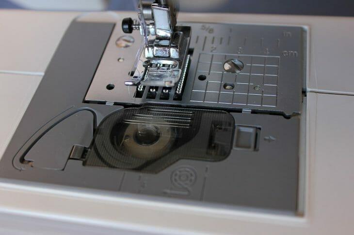 Горизонтальный челнок швейнок машинки