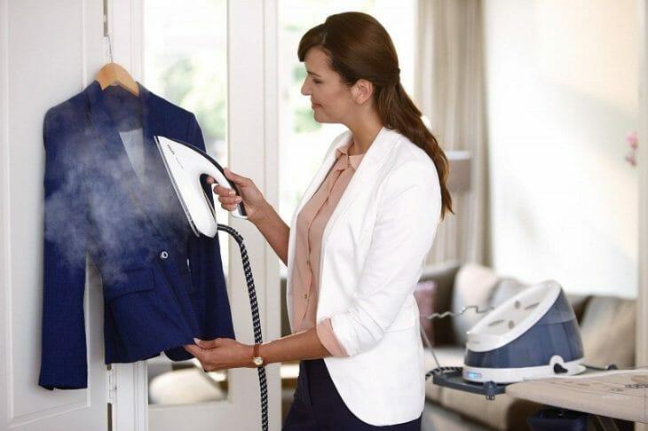 Отпаривание одежды в вертикальном положении