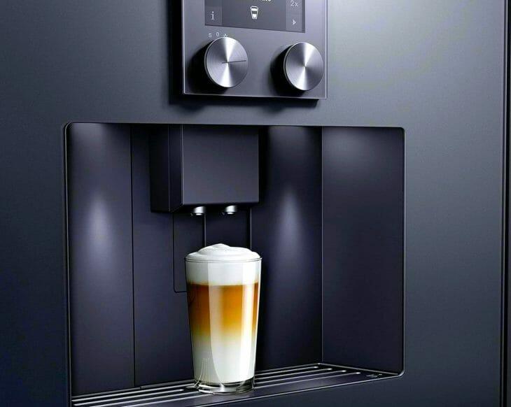 Встраиваемая кофеварка с капучинатором