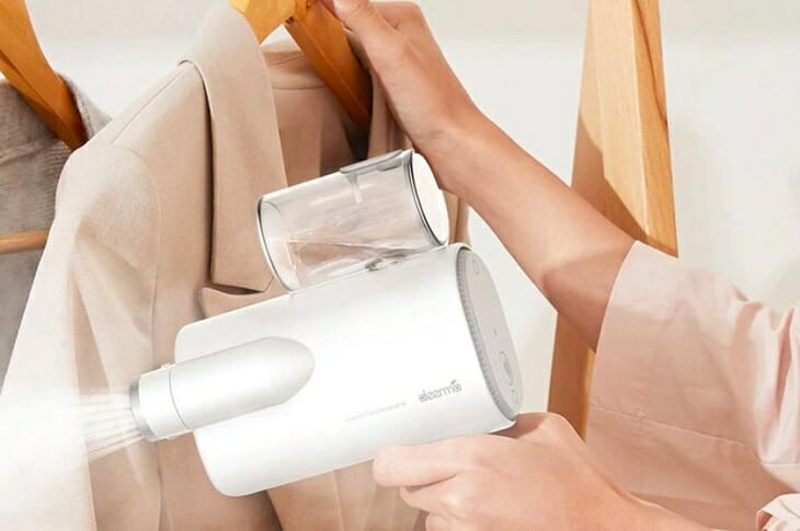 Использование отпаривателя для одежды
