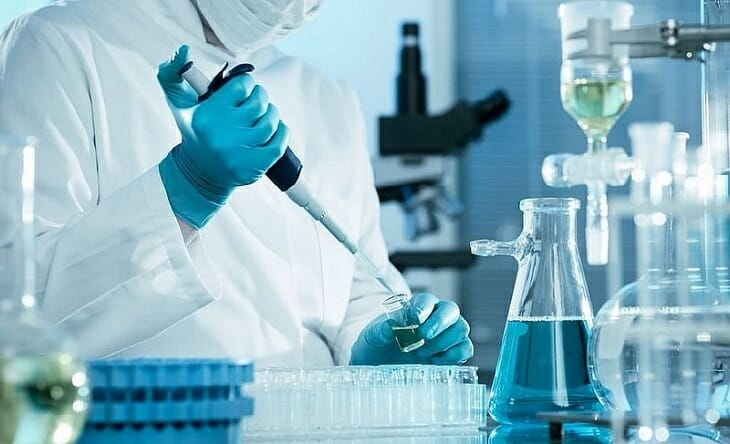 Проведение анализа воды в лаборатории