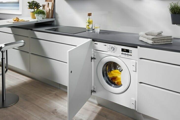 Встраиваемая стиральная машинка от Занусси