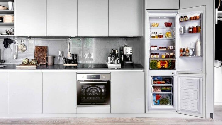 Отдельностоящий холодильник Candy