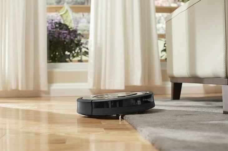 Заезд робота пылесоса на ковер
