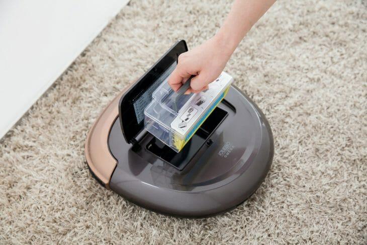 Очистка пылесборника робота-пылесоса iClebo