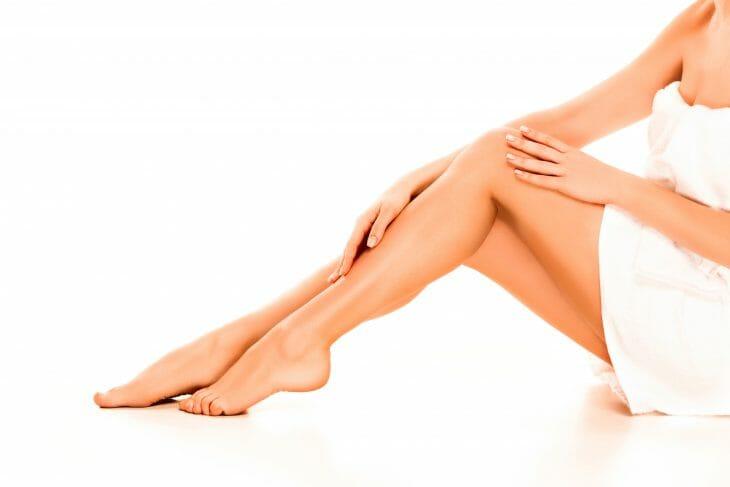 Женские ноги после бритья
