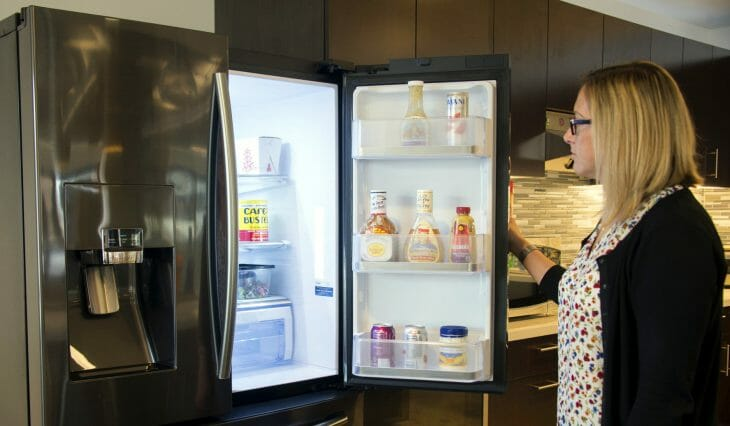 Холодильник Samsung side-by-side