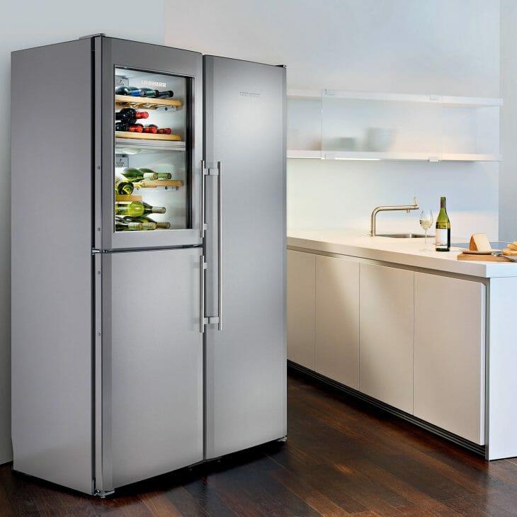 Холодильник side-by-side с отсеком для вина