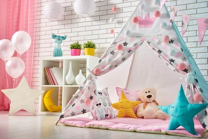 Палатка в детской комнате