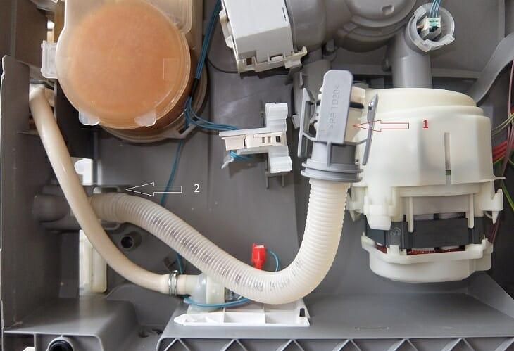 Чистка шланга сливной системы ПММ Бош