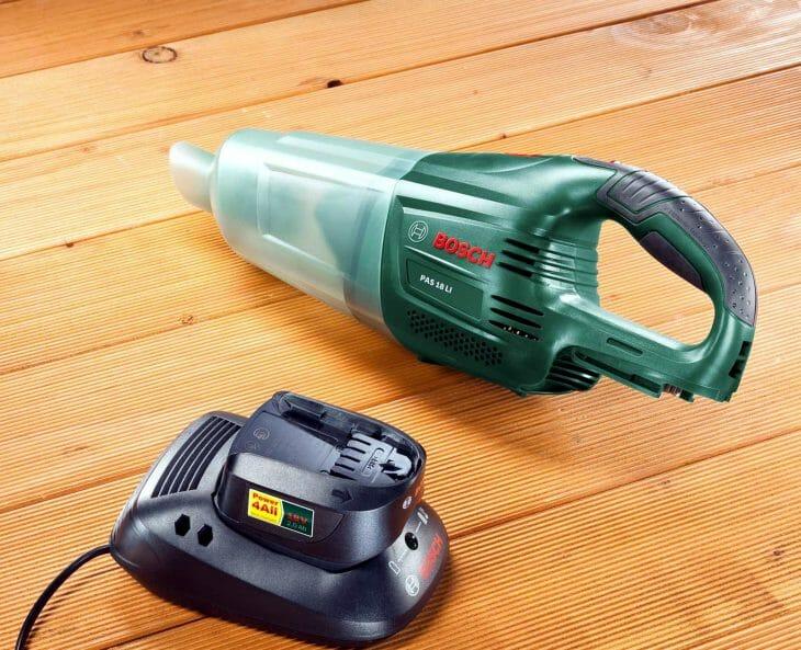 Аккумуляторный пылесос Bosch