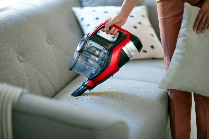 Беспроводной пылесос для мебели