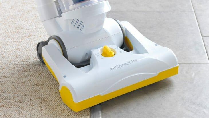 Насадка вертикального пылесоса с водяным фильтром