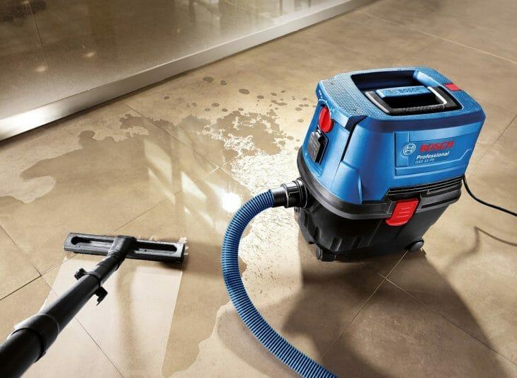 Промышленный пылесос Bosch для влажной уборки