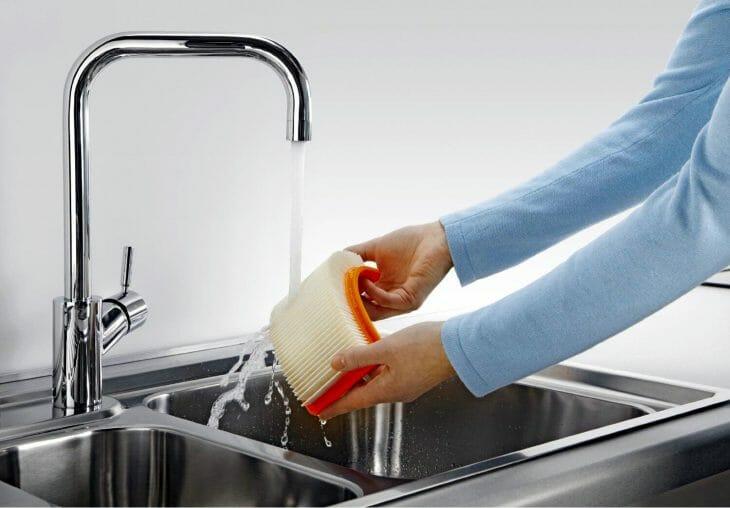 Промывка фильтра пылесоса с аквафильтром