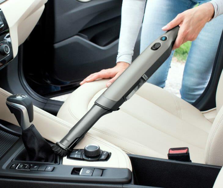 Ручной пылесос на аккумуляторах для авто