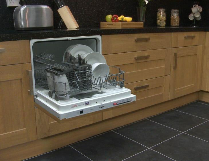 Встраиваемая посудомойка AEG