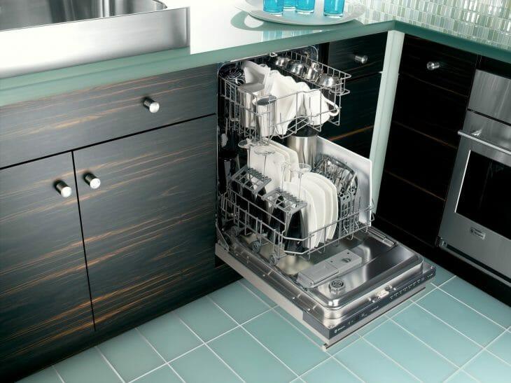 Полноразмерная посудомойка IKEA