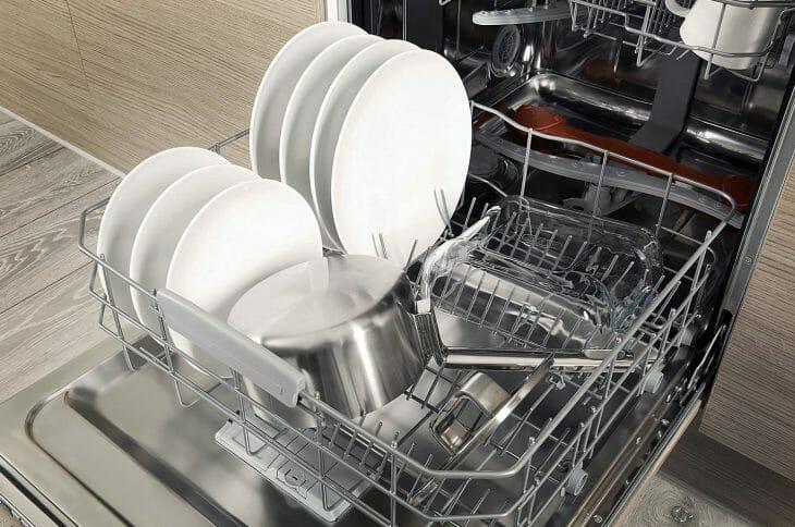 Посуда после экономичной мойки