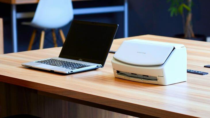 Поточный сканер Fujitsu