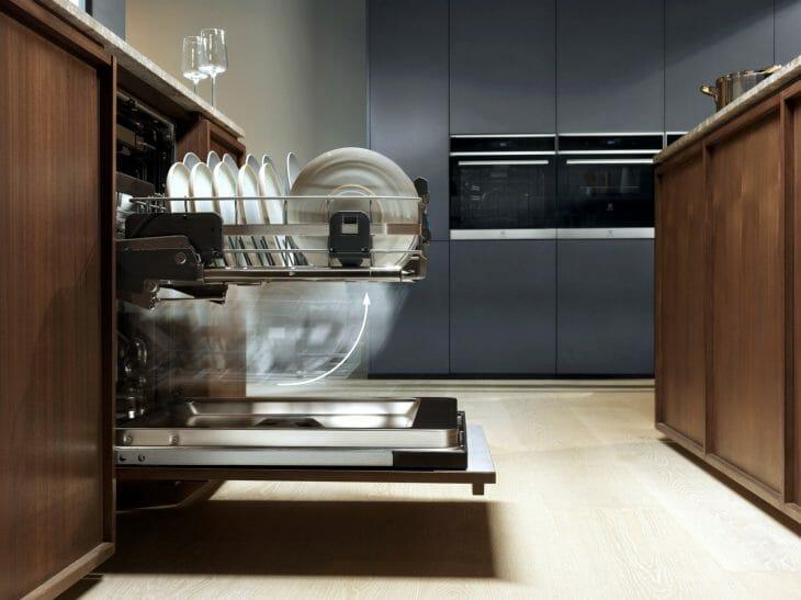 Система складывания верхнего лотка посудомоечной машины Electrolux