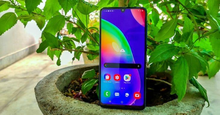 Смартфон Samsung до 20000 рублей