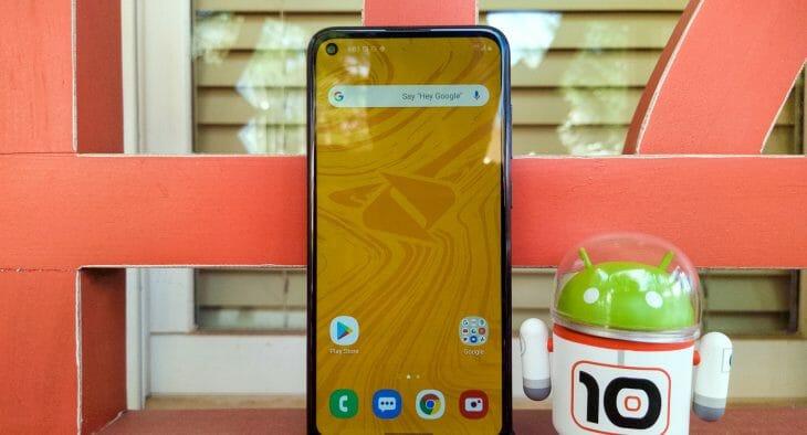 Телефон Samsung с IPS-экраном
