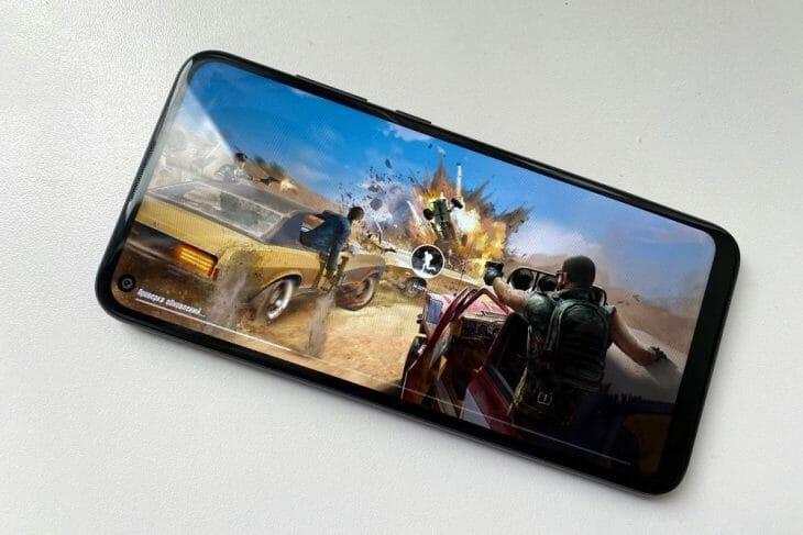 Запуск игры на доступном смартфоне Samsung