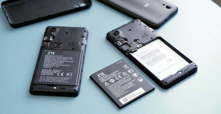 Батарея доступного смартфона