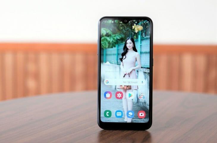 Бюджетный смартфон с экраном разрешением HD+