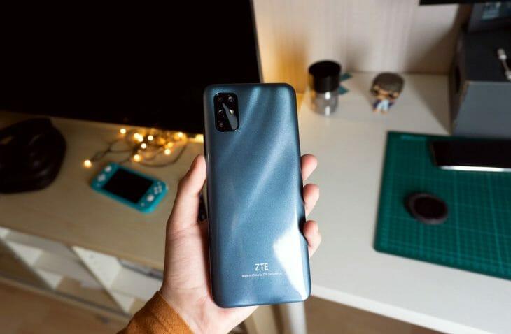 Камера телефона с эффектом боке