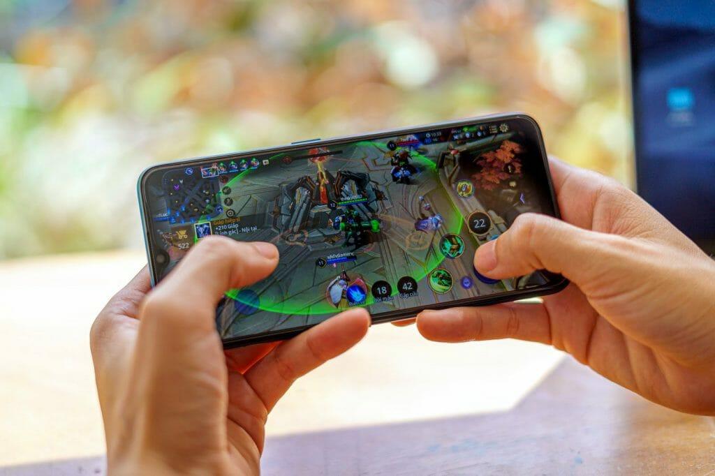 Быстрый китайский телефон для геймеров