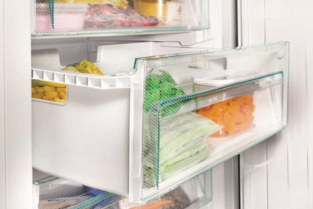 Выдвижные ящики в морозильной камере