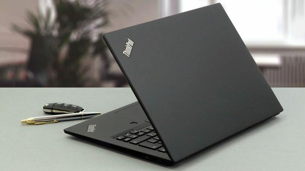 Рабочий ноутбук с Intel Core i5