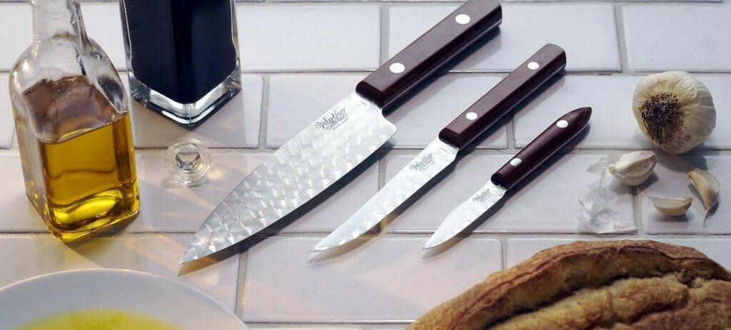 3 кухонных ножа