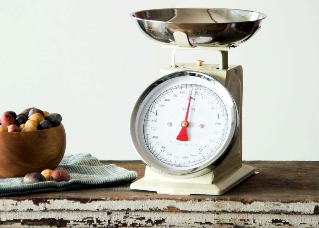 Классические кухонные весы