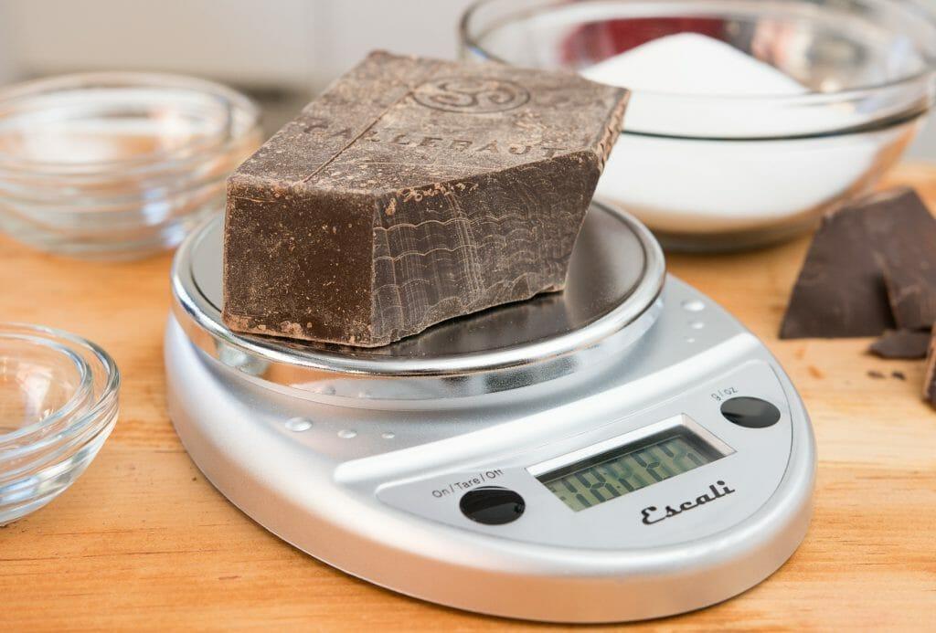 Компактные кухонные весы