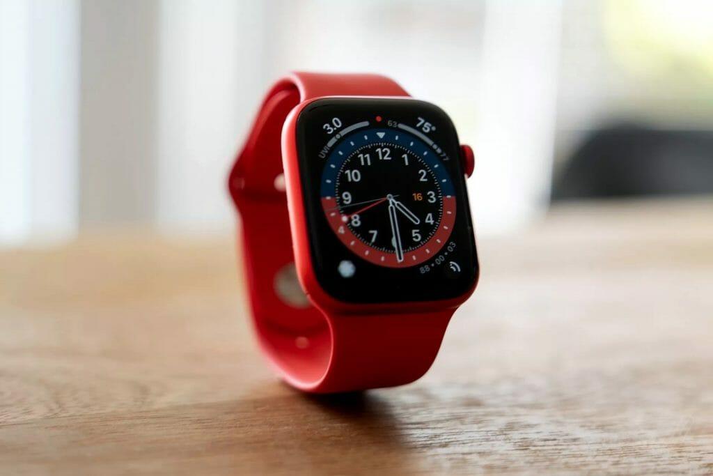 Смарт-часы Apple