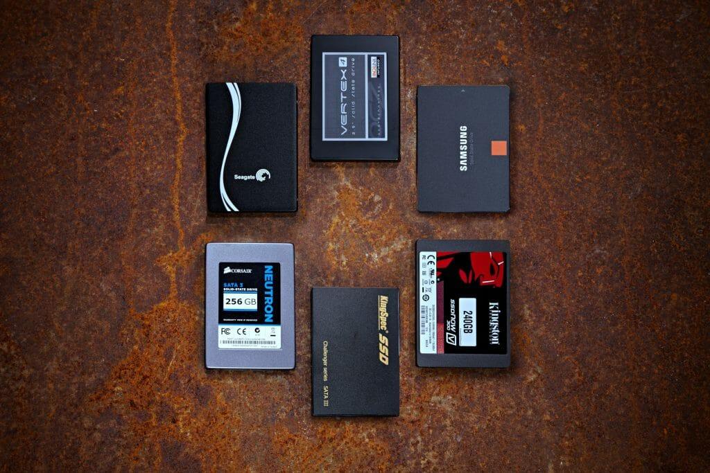 SSD-накопители вид сверху