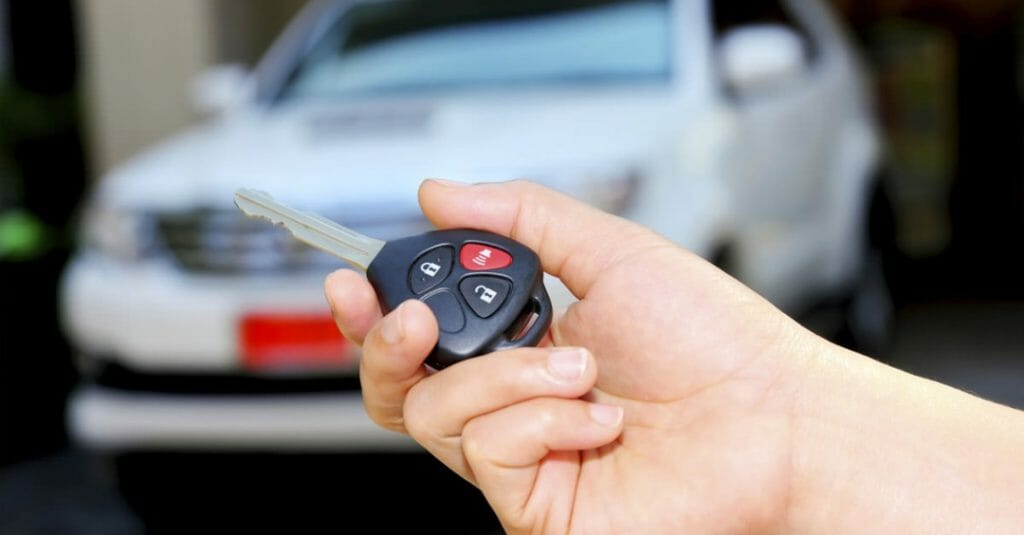 Брелок-ключ автосигнализации