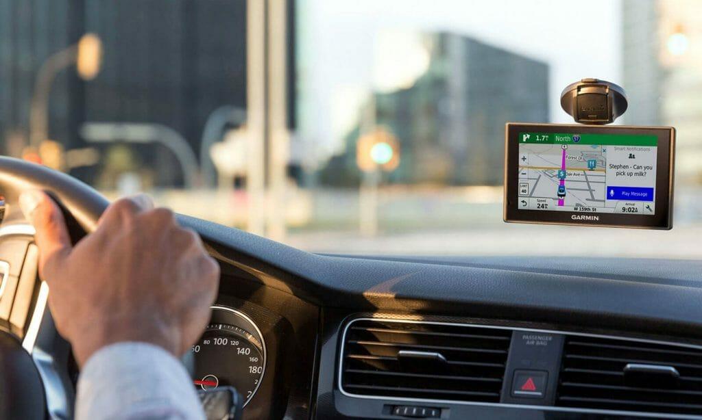 GPS навигатор в машину
