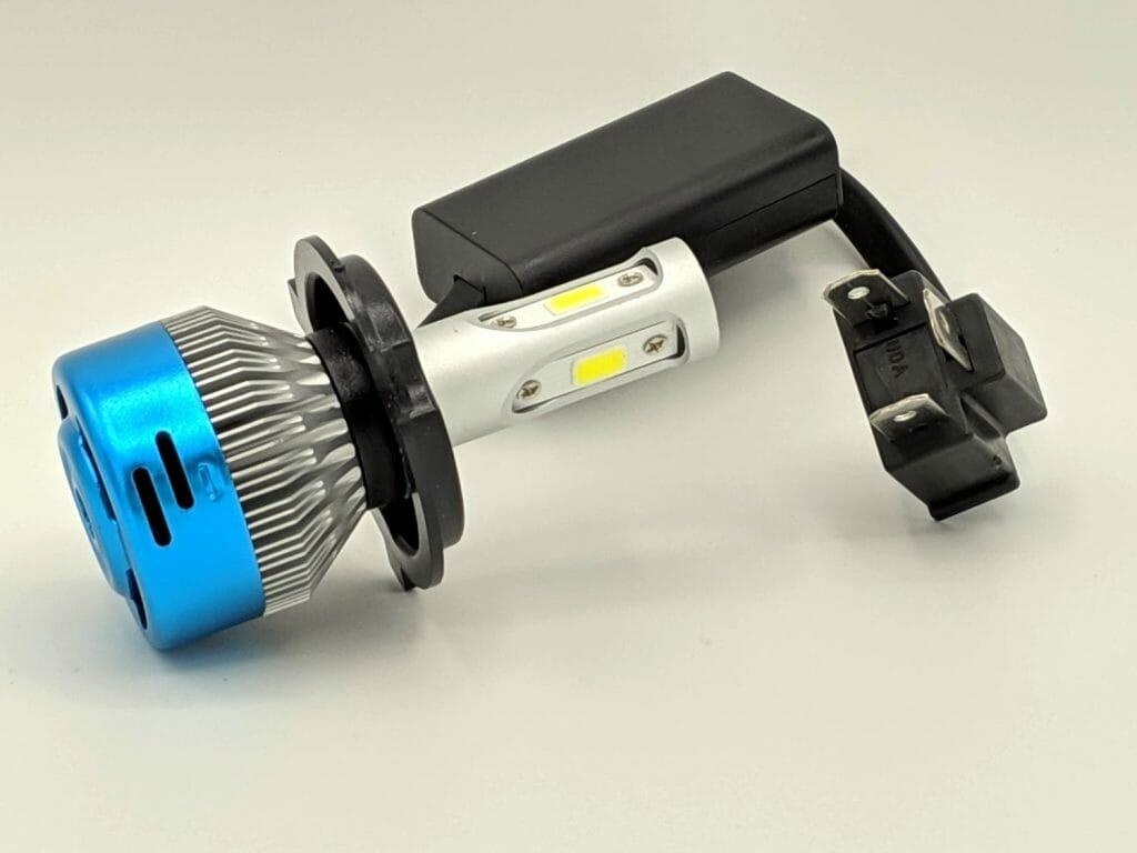 Лампа H4 светодиодная