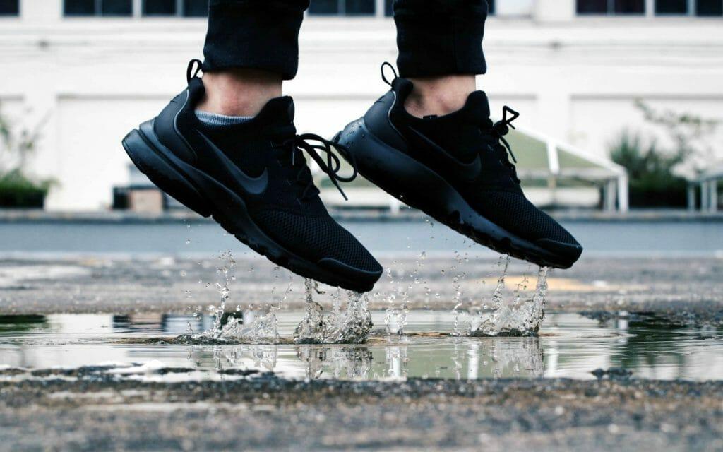Прыжок в кроссовках
