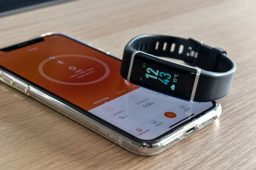 Синхронизация фитнес-браслета и смартфона