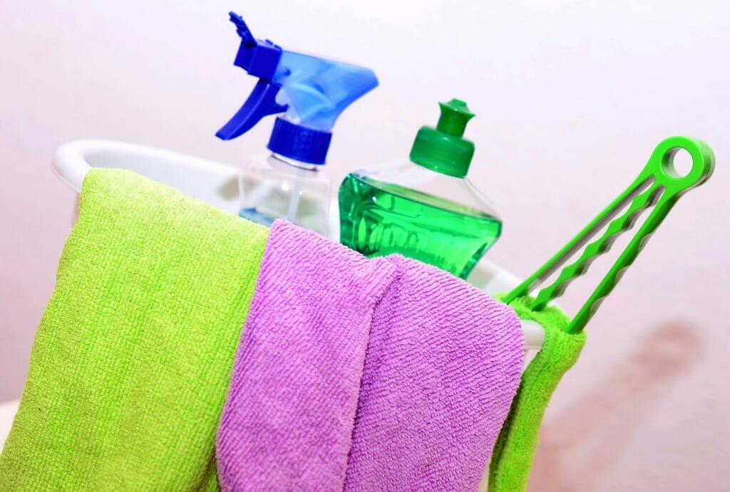 Обычные жидкие моющие средства