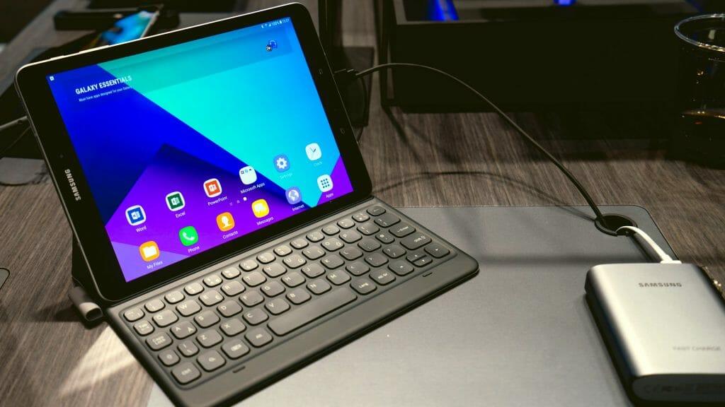 Android планшет с клавиатурой