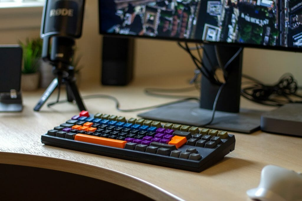 Игровая механическая клавиатура без цифрового блока
