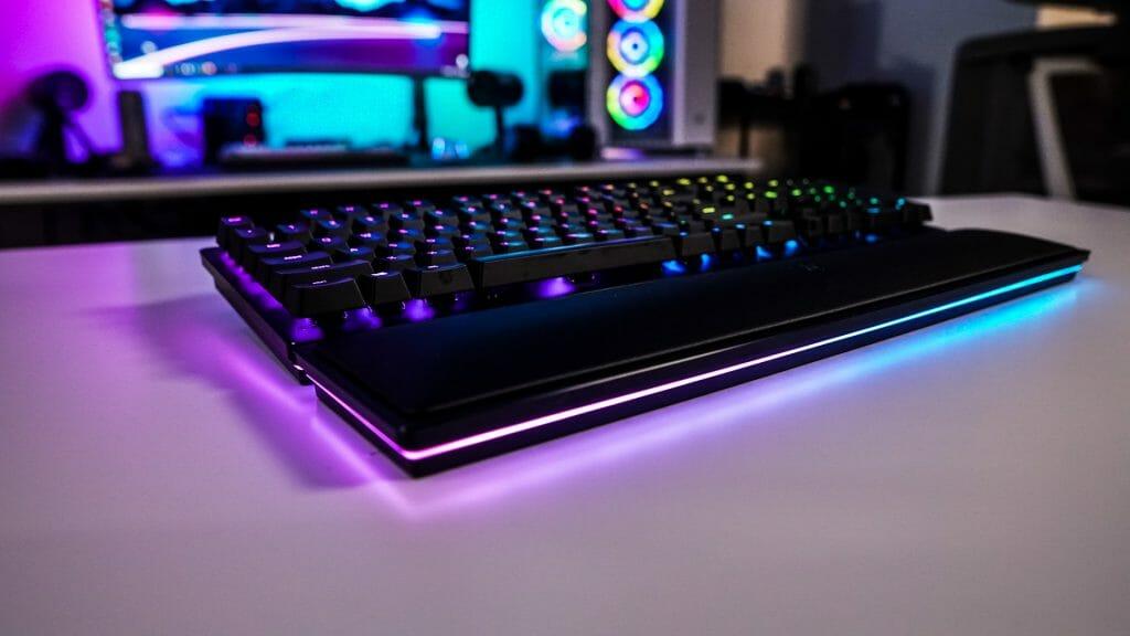 Игровая беспроводная клавиатура