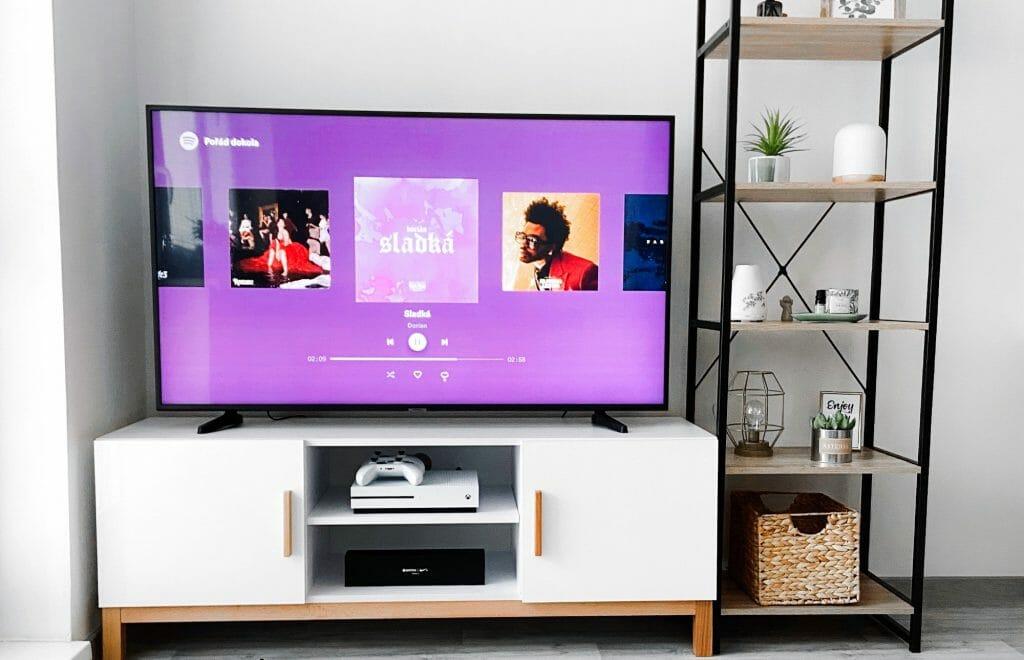 Воспроизведение музыки на телевизоре